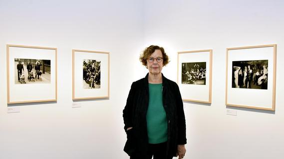 Die Grande Dame der Fotografie in Erlangen: Zeitreisen mit Barbara Klemm