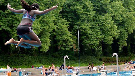 Nürnberg: Freibadsaison 2021 fiel ins Wasser