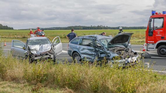 Hubschrauber im Einsatz: Kleinkind wird bei Unfall im Kreis Fürth schwer verletzt