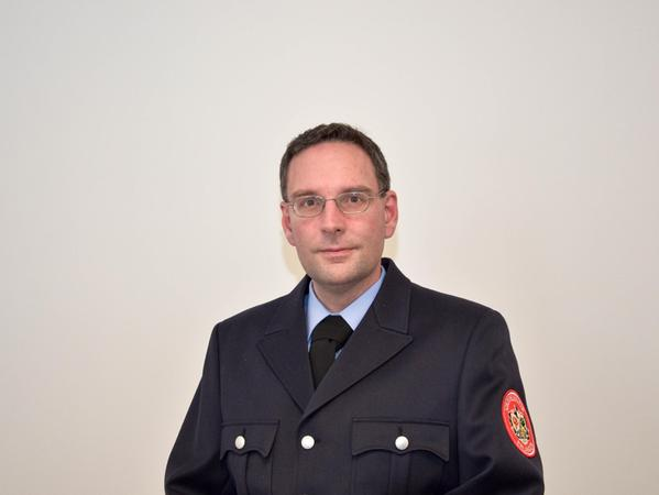 Der Einsatzleiter der Feuerwehr Erlangen hält am 20. Oktober 2021 in der Erlanger Volkshochschule einen Vortrag überBrandschutz/Gefahren im eigenen Zuhause und VorbeugendenBrandschutz.