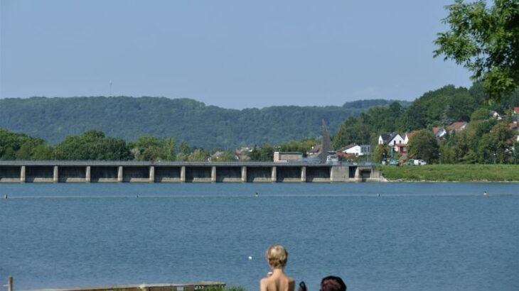 Zusätzlich 1,45 Millionen Kubikmeter Wasser kann der Stausee fassen, wenn die Stauklappe an der Sperre aufgestellt wird.