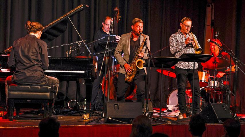 Das Quintett des Nürnberger Kulturpreisträgers Lutz Haefner (Saxophon) ist eine All-Star-Combo, die wie eine Big Band klingt.