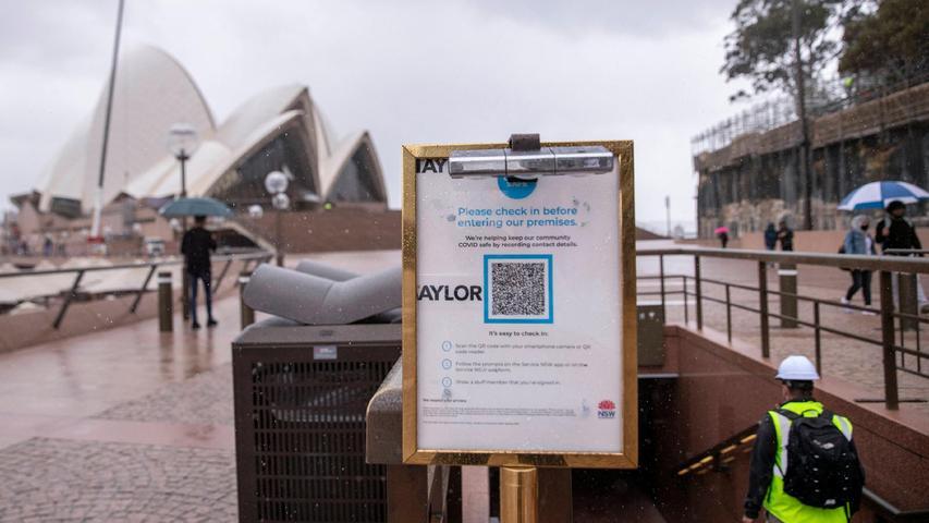 Normalerweise von Touristen überrannt: Die Oper von Sydney. Auch hier gelten strenge Coronaregeln.