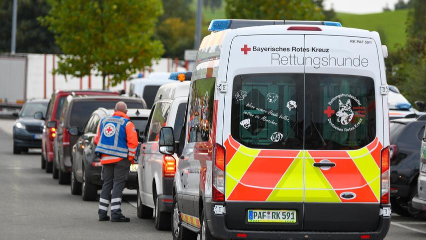 An der Suche waren bis Montagabend über 800 Einsatzkräfte aus Tschechien und Deutschland beteiligt.