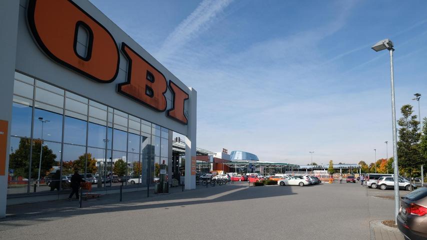 Der Neumarkter OBI möchteeineHallefür Gartenbaustoffe ans bestehende Gebäude an der Langen Gasse anbauen.