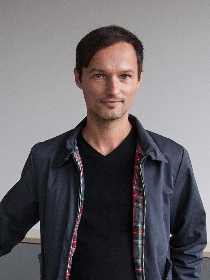 """Thomas Mölg ist im österreichischen Kitzbühel geboren und hat in Innsbruck Geowissenschaften studiert. Seit dem Jahr 2014 ist er Professor für Klimatologie an der Universität Erlangen-Nürnberg. Mölg ist Chefeditor von """"The Cryosphere"""