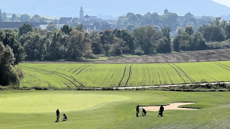 """Mit dem Finalturnier der """"500%Golf""""-Partneranlagen-Turnierserie hat jetzt passend zum nahenden Ende der Turniersaison noch einmal ein absolutes Highlight auf der Golfanlage Zollmühle stattgefunden."""