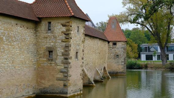 Die schiefe Mauer von Weißenburg
