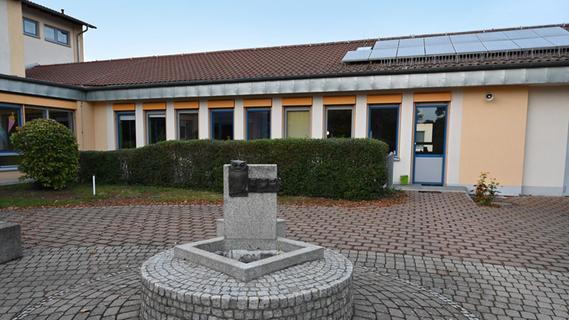 Bubenreuth: Im Grundschulkeller vergammelt alles