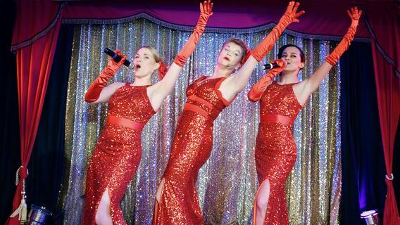 Burlesque in Nürnberg: Die hohe Kunst des Ausziehens
