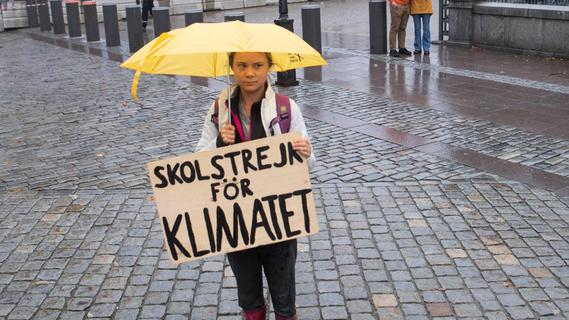 Klimaaktivistin Greta Thunberg schmettert auf Konzert den Song
