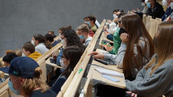 FAU und TH Nürnberg: Wo erhalten Studierende kostenlose Corona-Tests?