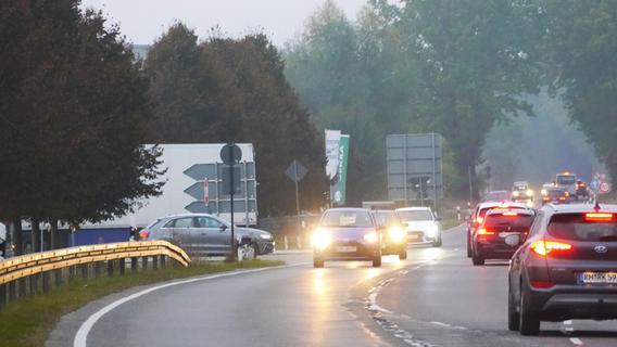 Kreisverkehr und zweimal Geh- und Radweg: Drei auf einen Streich?