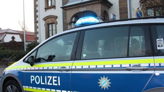 Betrunkene gingen auf Polizisten los