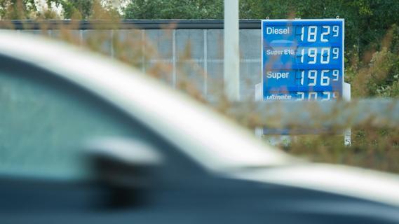 Immer höherer Spritpreis: Das sagen Kunden einer Erlanger Tankstelle