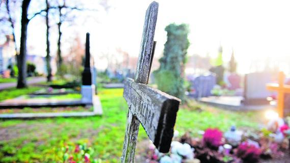 Friedhöfe in ganz Franken: Wachsleichen verwesen nicht