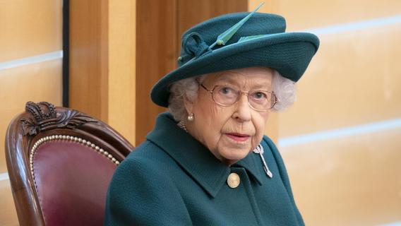 Wieder im Krankenhaus: Muss man sich Sorgen um die Queen machen?