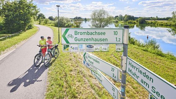 Der Zweckverband Altmühlsee stellt neue Radkarten vor