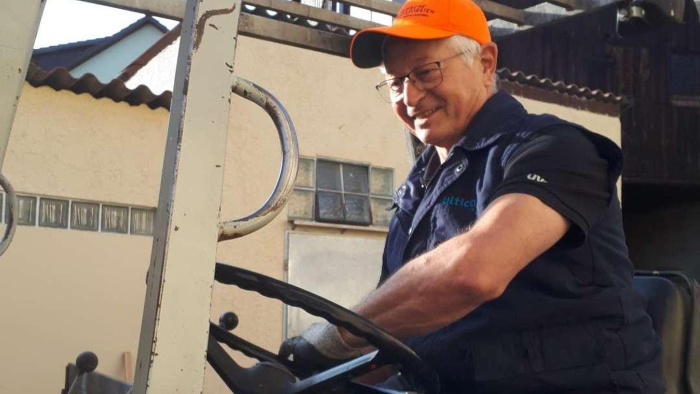 Hohenmirsberger spendet Holz für Ahrtaler Flutopfer