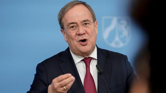Wechsel in den Bundestag: Laschet will Rücktritt als NRW-Ministerpräsident einreichen