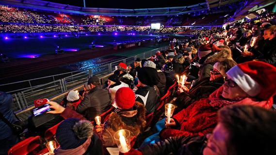 Aus bis zu 20.000 Kehlen: Ticketvorverkauf für Adventssingen im FCN-Stadion vor Start