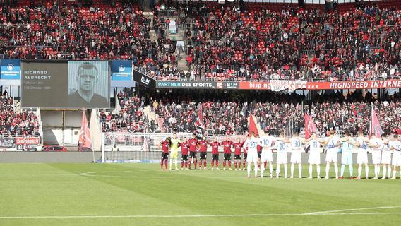 Totengedenken beim FCN: Darum spielte der Club mit Trauerflor