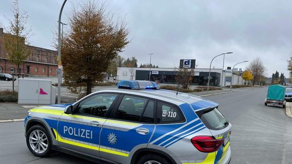 Aufregung in Hof: Bombendrohung in Einkaufsmarkt