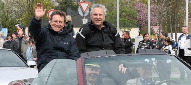 Der bayerische Innenminister Schirrmherr der Veranstaltung, Joachim Herrmann, blieb lieber auf dem Boden...