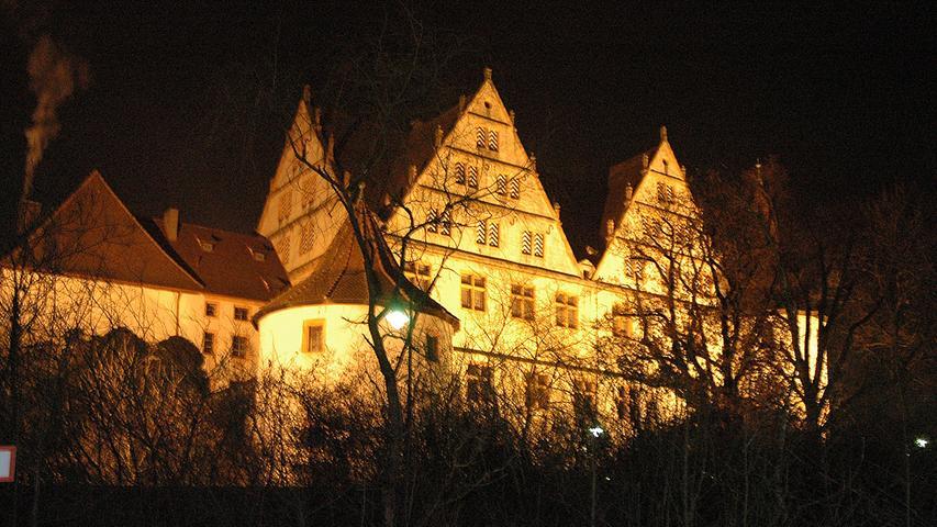 Einst Jagdschloss der Herrschenden, heute kultureller Treffpunkt der Bürger: Das Schloss Ratibor in Roth. Errichtet wurde es Mitte des 16. Jahrhunderts.2006 und 2007 wurden die Fassade und Teile der Innenräume generalsaniert.
