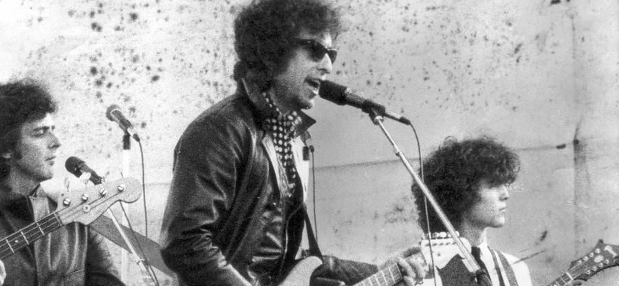 Ende der 60er Jahre orientiert sich Dylan an der Country-Musik. Sein mit Johnny Cash aufgenommenes Album