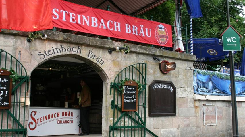 Die Geschichte der Brauerei  Steinbach lässt sich bis weit ins 17. Jahrhundert hinein zurück verfolgen. Brauer Johann Georg Steinbach braute noch bis 1923 sein eigenes Bier. Erst im Jahre 1995 wurde die alte Tradition des Bierbrauens wieder aufgenommen, das leckere Bier gibt es nur im Biergarten in der Vierzigmannstraße 4 - und auf dem Berg. 1997 kehrte die Brauerei wieder mit einem eigenen Ausschank auf die Bergkirchweih zurück.