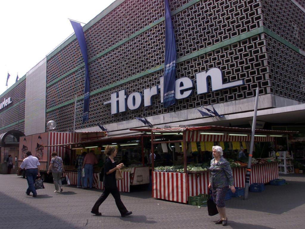 ... Konkurrenz. Aus dem Horten-Logo wurde flugs ein ...