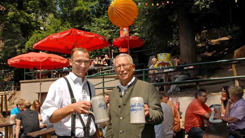 Zwei Generationen Erlanger Braukunst auf dem Berg vereint: Christoph (links) und Dieter Gewalt vom Steinbach Bräu.