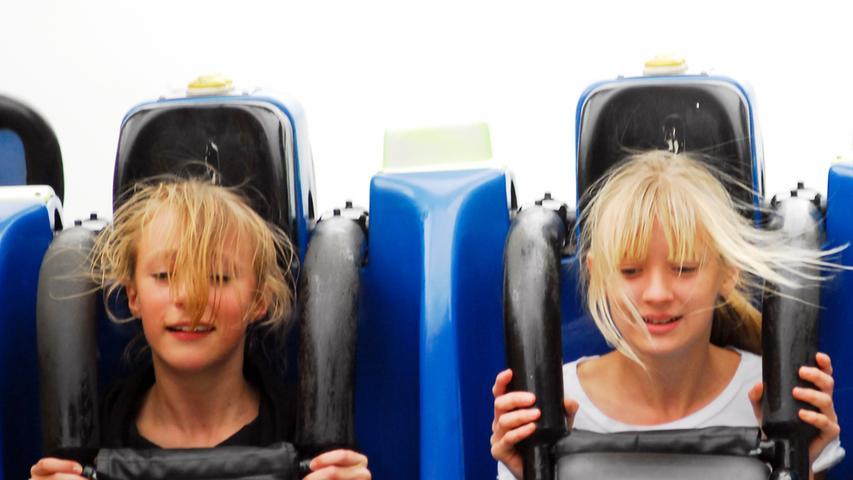 Eine Fahrt im Vortex-Fahrgeschäft bietet den ultimativen Adrenalinkick.