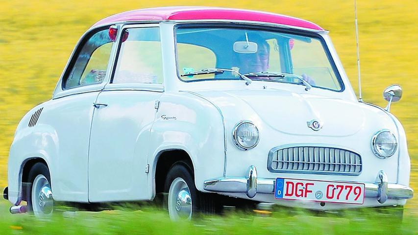 1954 auf dem Markt vorgestellt, wurde das Goggomobil von der Hans Glas GmbH im bayerischen Dingolfing bis 1969 hergestellt. Über die geringe Größe des Kleinstwagens kursierte mancher Witz wie dieser: