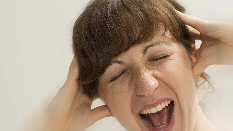 Wie unangenehm, wenn es ständig im Ohr pfeift und rauscht.