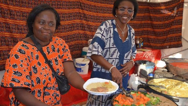 Ein Klassiker bei den Afrika-Kulturtagen: Leckeres Essen.