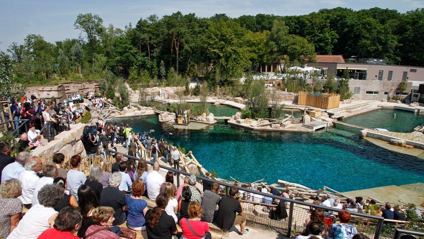 Juli 2011: Delfinlagune ist eröffnet
