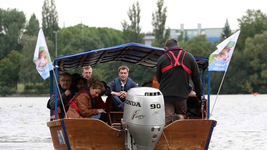 Eine Bootstour die ist lustig - bei besserem Wetter wäre sie aber vielleicht noch lustiger gewesen.