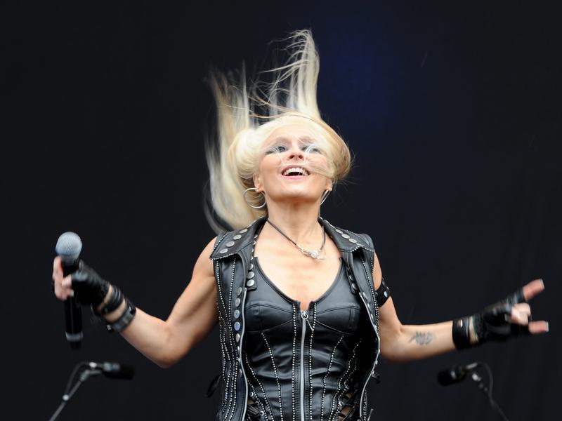 Die deutsche Rocksängerin Doro Pesch beim ersten Auftritt in Wacken.