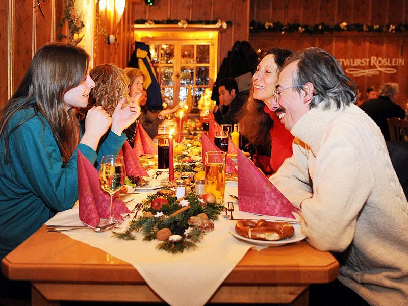 Verhaltensregeln Weihnachtsfeier Lustig.Nürnberg Weihnachtsfeiern Wirklich Nur Eine Lästige Pflicht
