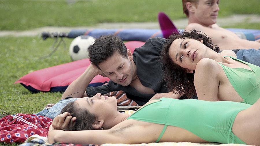"Emotionale Gemengelage am Balaton: Szene aus dem Drama ""Westwind""."