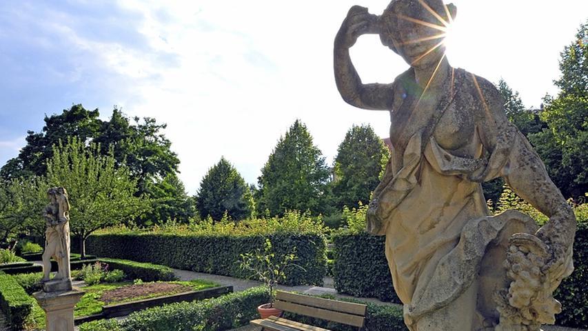 E wie entspannend: Endlich mal durchatmen und die Seele bäumeln lassen - in den Hesperidengärten in St. Johannis funktioniert das richtig gut. Die Parkanlagen wurden im Mittelalter von reichen Kaufleuten geschaffen, als Vorbild dienten die prachtvollen Parks der Adligen.