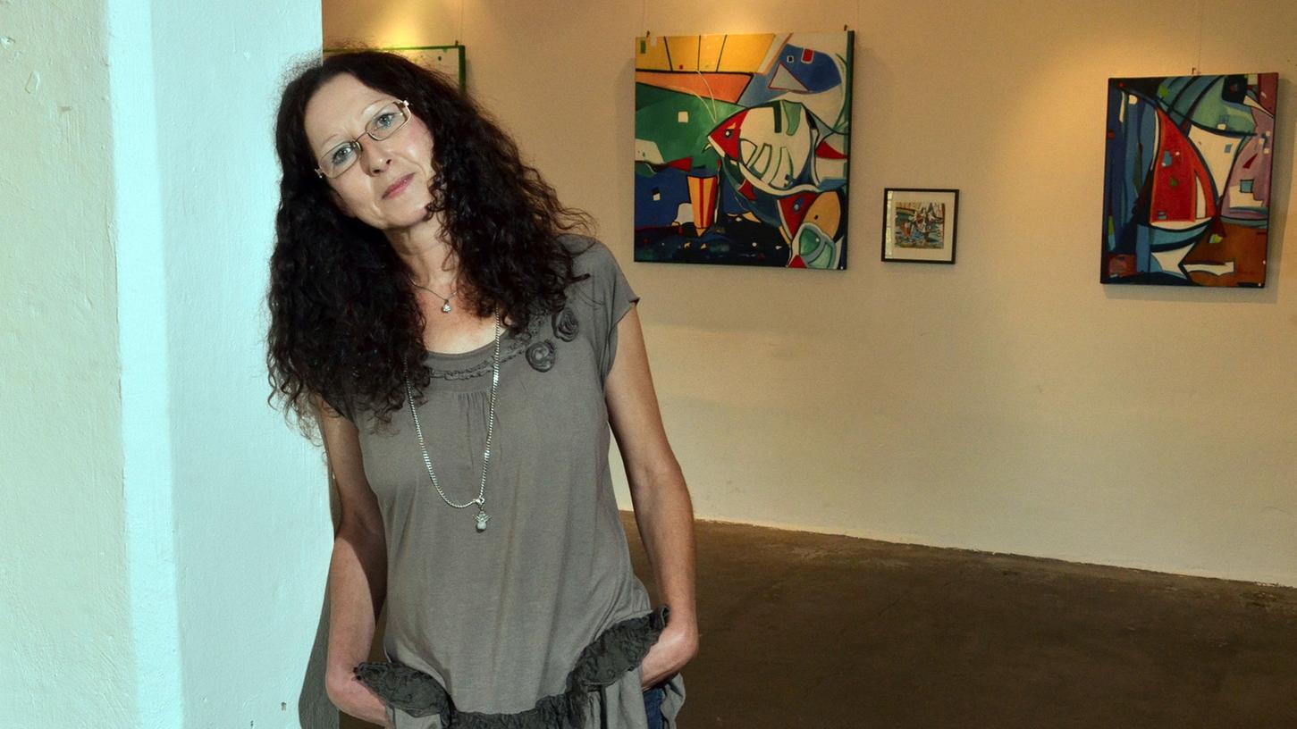 Unverfälscht poetischen Charme verströmen die aktuellen Werke der Fürther Künstlerin Gisela Luschner-Schiller.