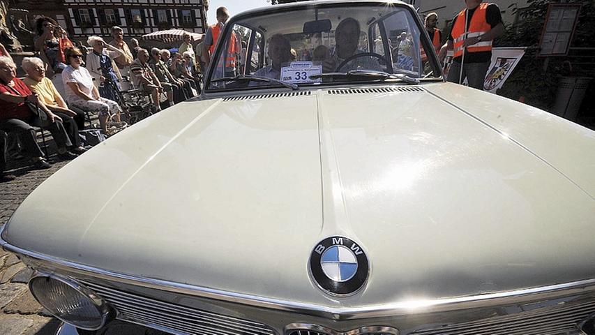 Richard Luxenburger steuerte einen BMW 1600-2 aus dem Jahr 1968.