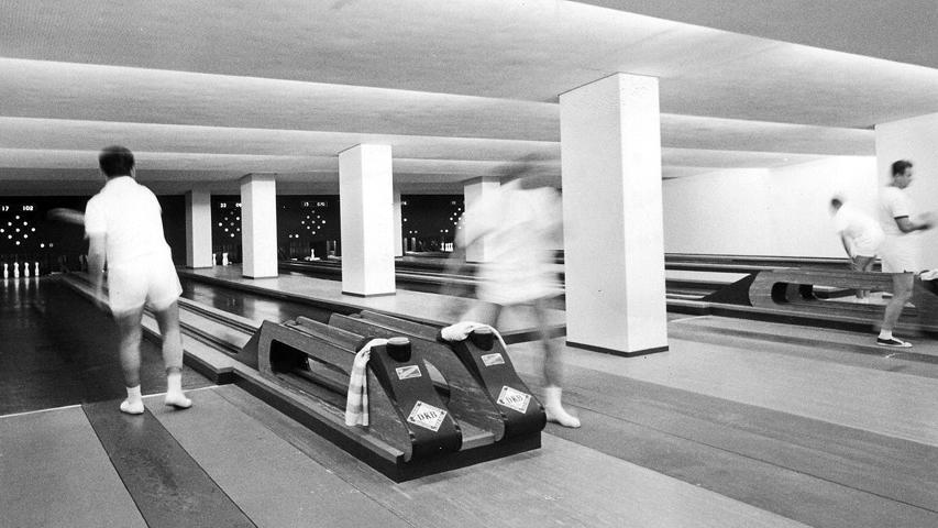 Im Keller der Meistersingerhalle befindet sich so manche Überraschung, etwa die Kegelbahnen. Früher sah man hier Vereinsgruppen im weißen Dress wetteifern.