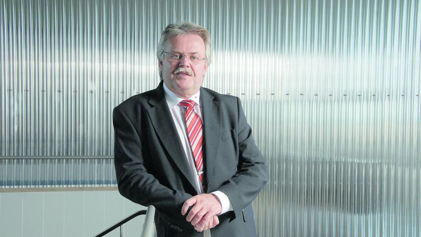 Karl-Heinz Pöverlein ist nicht nur stellvertretender Vorsitzender der Städtischen Werke, sondern sitzt auch im Vorstand der VAG und N-Ergie. Dafür erhielt er 2018 ein Jahresgehalt von etwa 506.000 Euro brutto.