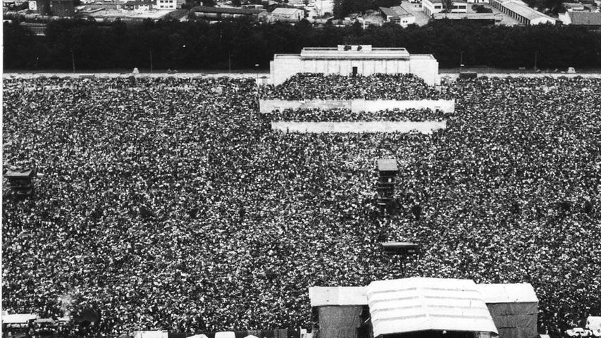 Der Prophet wurde zum Entertainer - Siebzigtausend erlebten beim Nürnberger Open-Air-Festival 78 den neuen Bob Dylan.