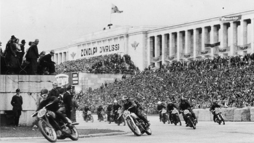 In den 50er Jahren sausten die Motorräder am Norisring um die Wette.