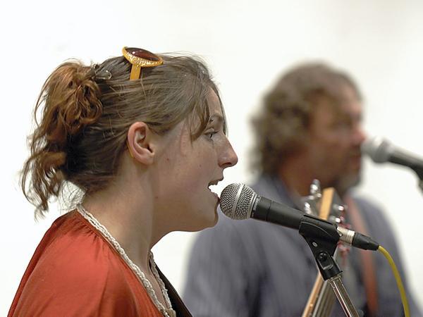 Jule Weidinger (im Vordergrund) mit Golly Hertlein